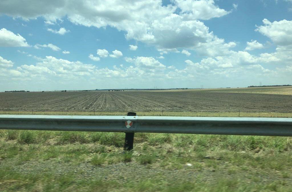 An unpleasant drive through the South African summer crop regions